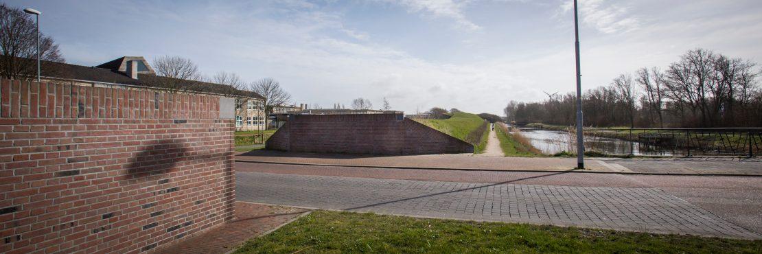 De Liniedijk langs de Middenweg