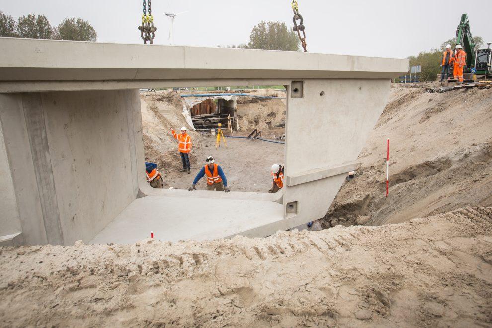 Aanleg van de Duiker onder de Nieuweweg